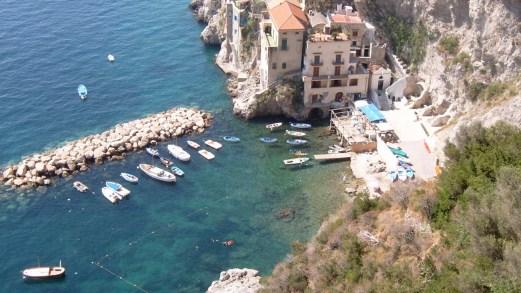 Conca dei Marini, il borgo delle scalinate sulla Costiera Amalfitana