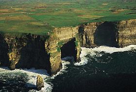 In Irlanda sulle scogliere di Moher