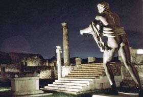 Pompei di notte: l'antica città in un percorso guidato
