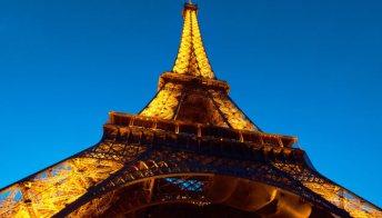 Torre Eiffel a piedi, ascensori rotti