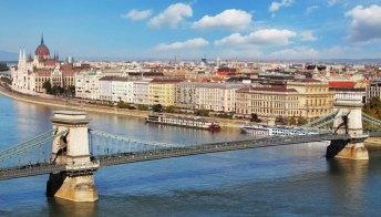 Budapest, Bangkok e Vancouver le città dove si mangia meglio al mondo