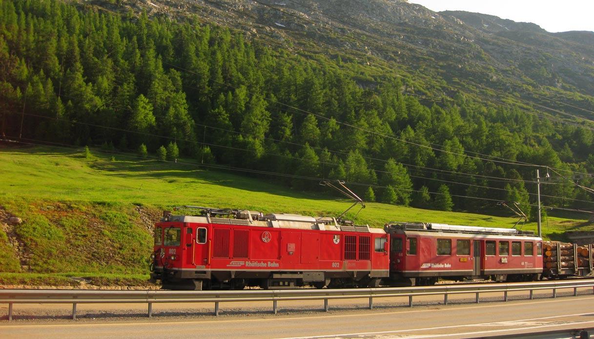 trenino-rosso-bernina-@Mr-Hicks46-1200