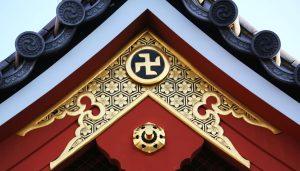 tempio-giappone-svastica-o