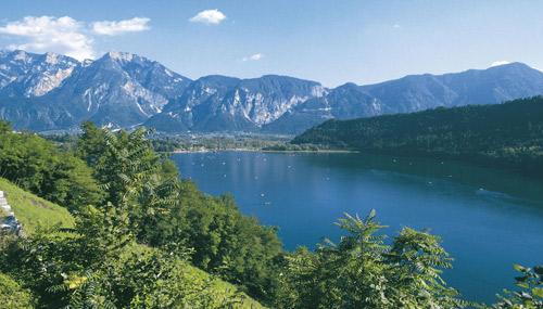 Lago-di-Levico-trentino