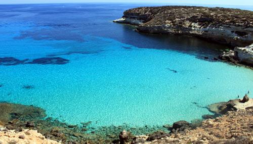 Cartina Delle Spiagge Di Lampedusa.Isola Di Lampedusa Ecco Quali Sono 5 Spiagge Piu Belle Siviaggia