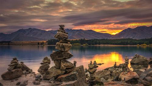 lago-tekapo-tramonto_th_500