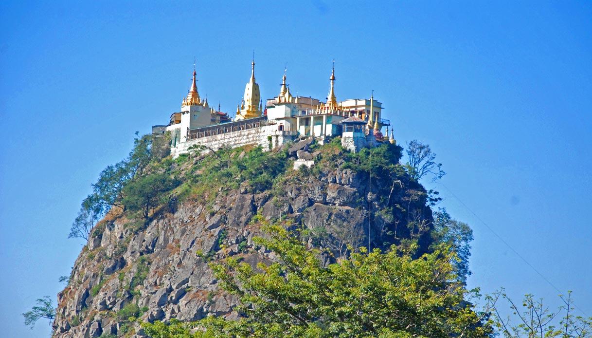 monastero-monte-popa-birmania