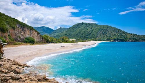 spiaggia-grecia-karavostasi_th_500