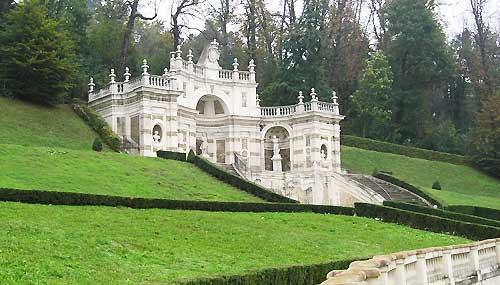 Torino,_Villa_della_regina_w