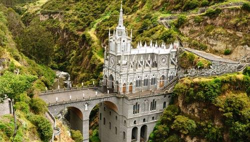 chiesa-las-lajas_th_500