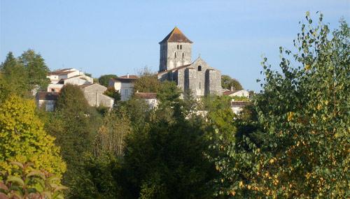 luoghi-sconosciuti_saint-sauvant_wiki_500