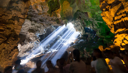 baia-di-halong_cave_03_th_500