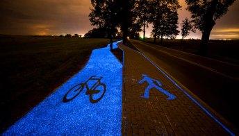 La pista ciclabile blu in Polonia è spettacolare