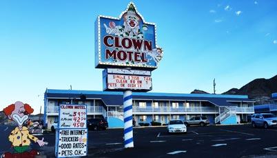 the_clown_motel-402