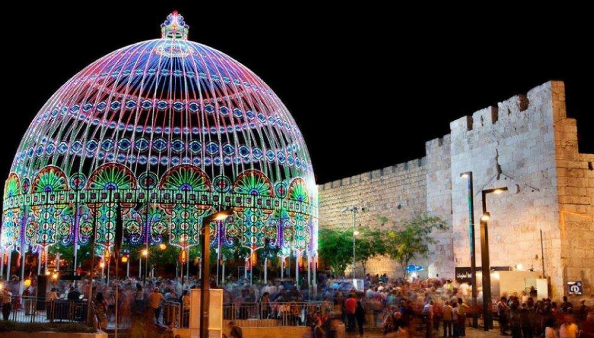 Gerusalemme e un fascio di luci