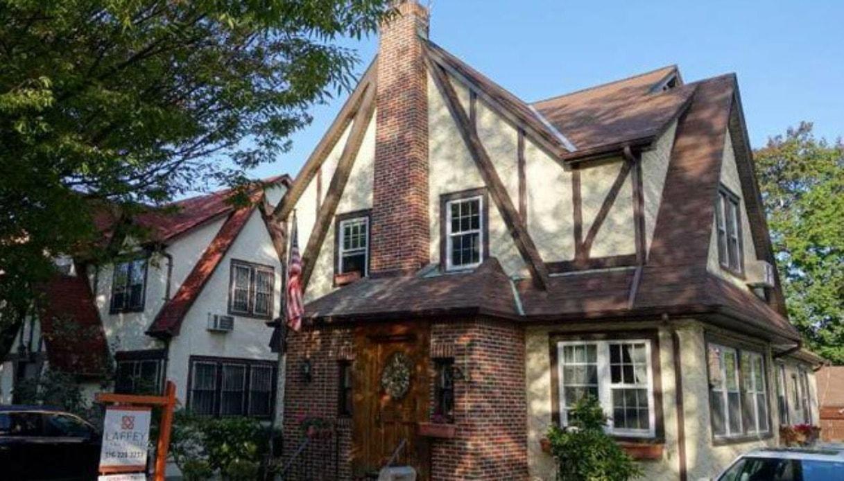 la casa di trump in affitto su airbnb-