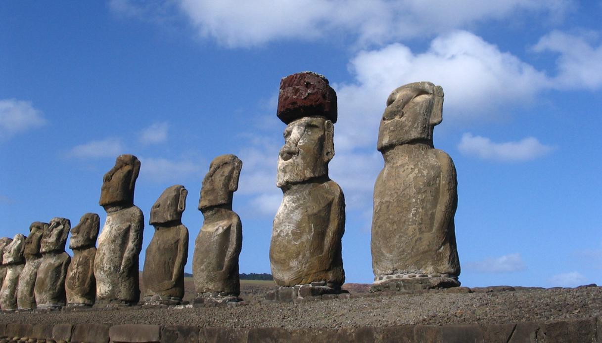 Statue sull'isola Pitcairn