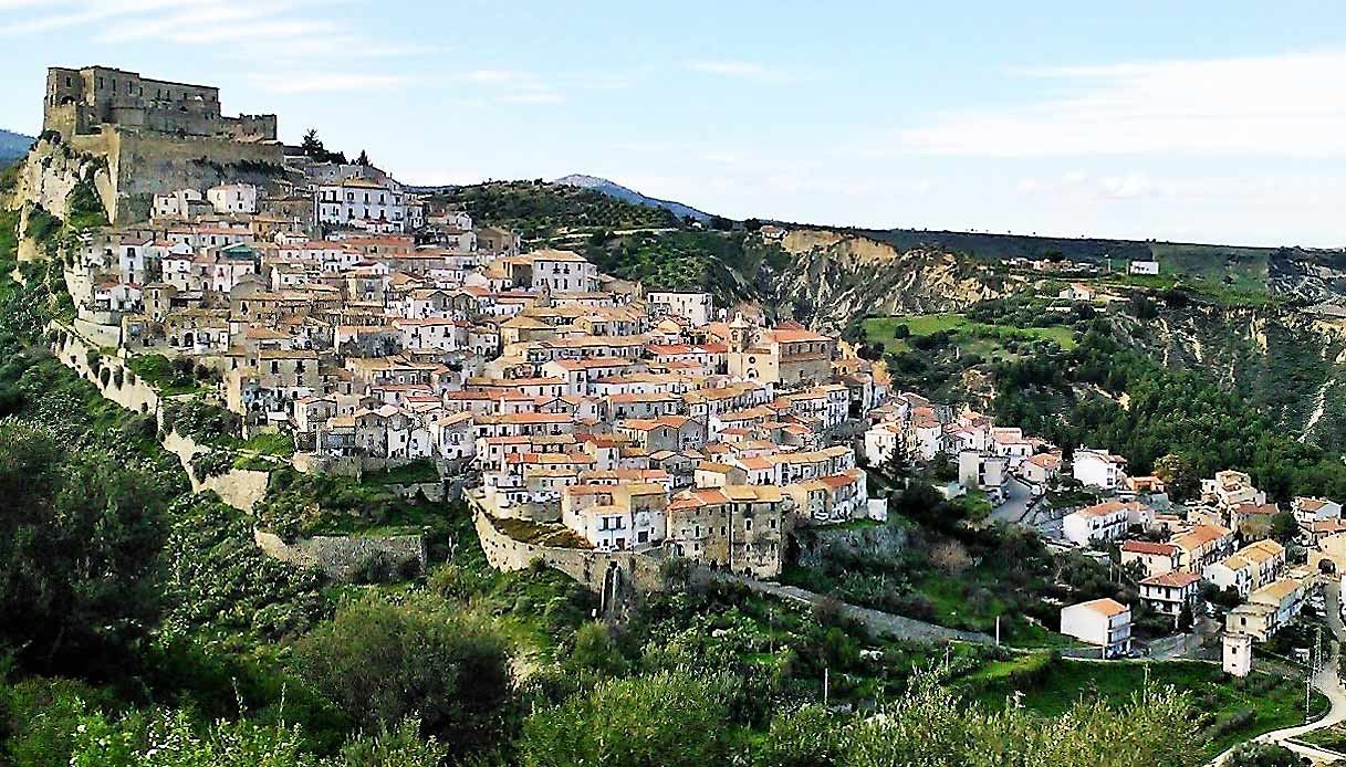 Rocca_Imperiale-borghi-piu-belli-italia-mar-ionio