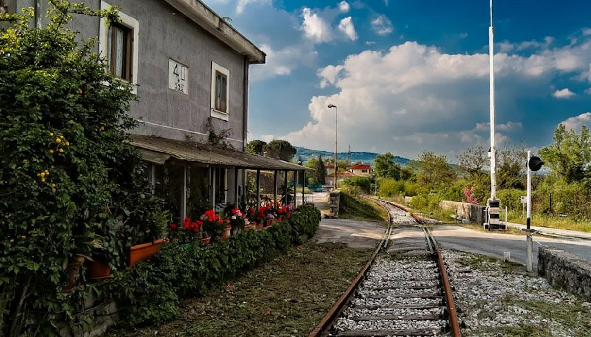 Avellino-Rocchetta: riapre per i turisti la storica tratta ferroviaria
