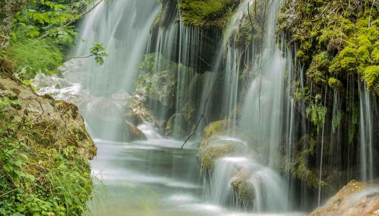 Capelli di Venere, la cascata nel Cilento che sembra uscita da una fiaba