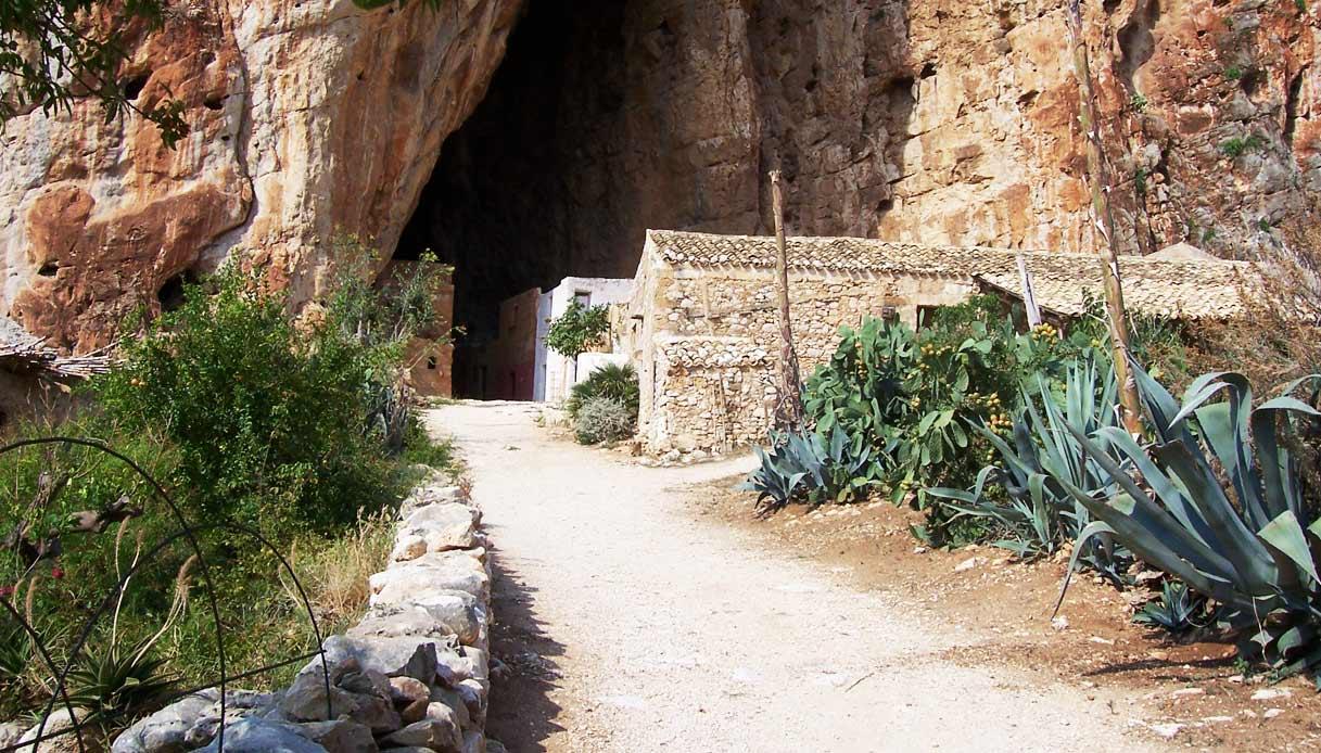 Grotta_Mangia_pane_sicilia