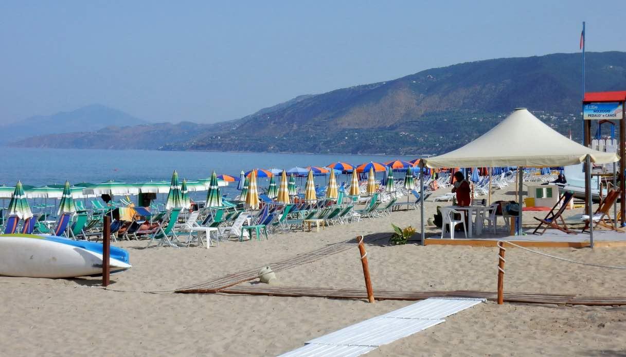 Ecco dove andare al mare con i bambini nel Lazio e in Campania: le bandiere verdi 2018