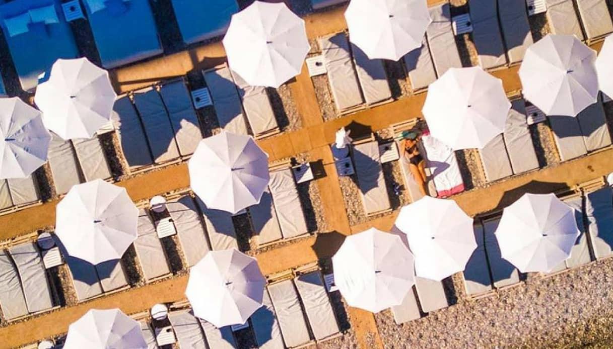 Cinquanta sfumature di rosso: Paloma Beach
