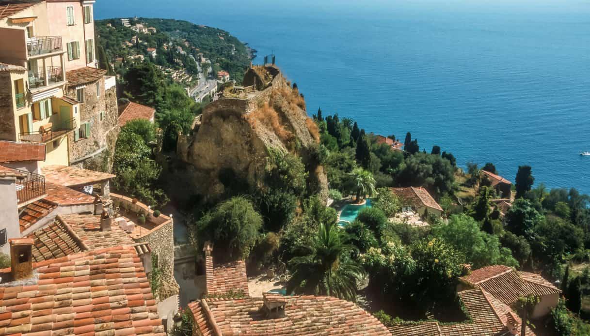 Cinquanta sfumature di rosso: Roquebrune-Cap-Martin