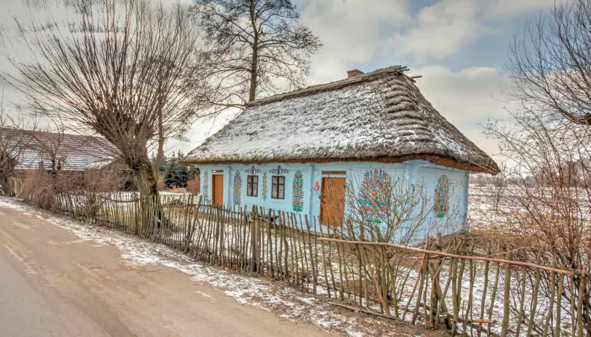 Alla scoperta di Zalipie, coloratissimo villaggio della Polonia