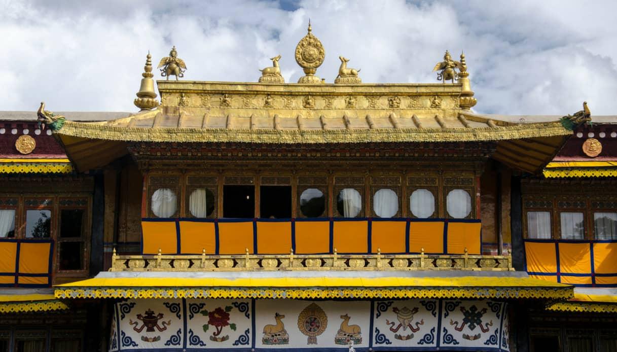Tempio buddista nella capitale del Tibet