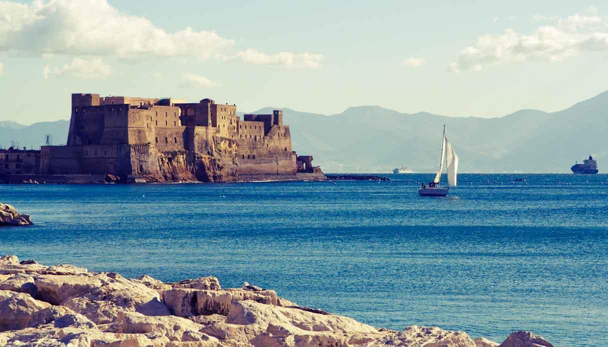 Il fascino della baia di Napoli