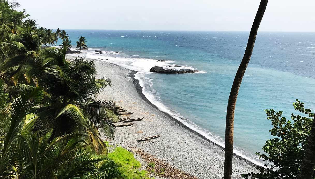 Sao-Tome-Príncipe-spiaggia