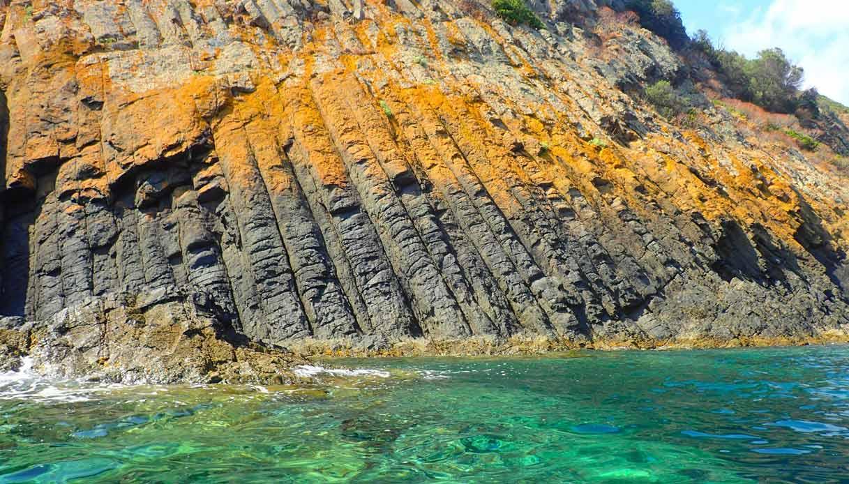 sardegna-Muravera-colonne-basalto