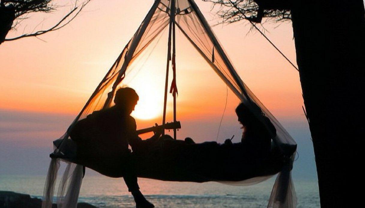 """La nuova tendenza del campeggio è il """"tree camping"""""""
