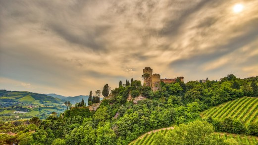 Cosa vedere a Brisighella, un affascinante borgo tra torri e colline