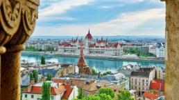 Budapest, la perla low cost sul Danubio