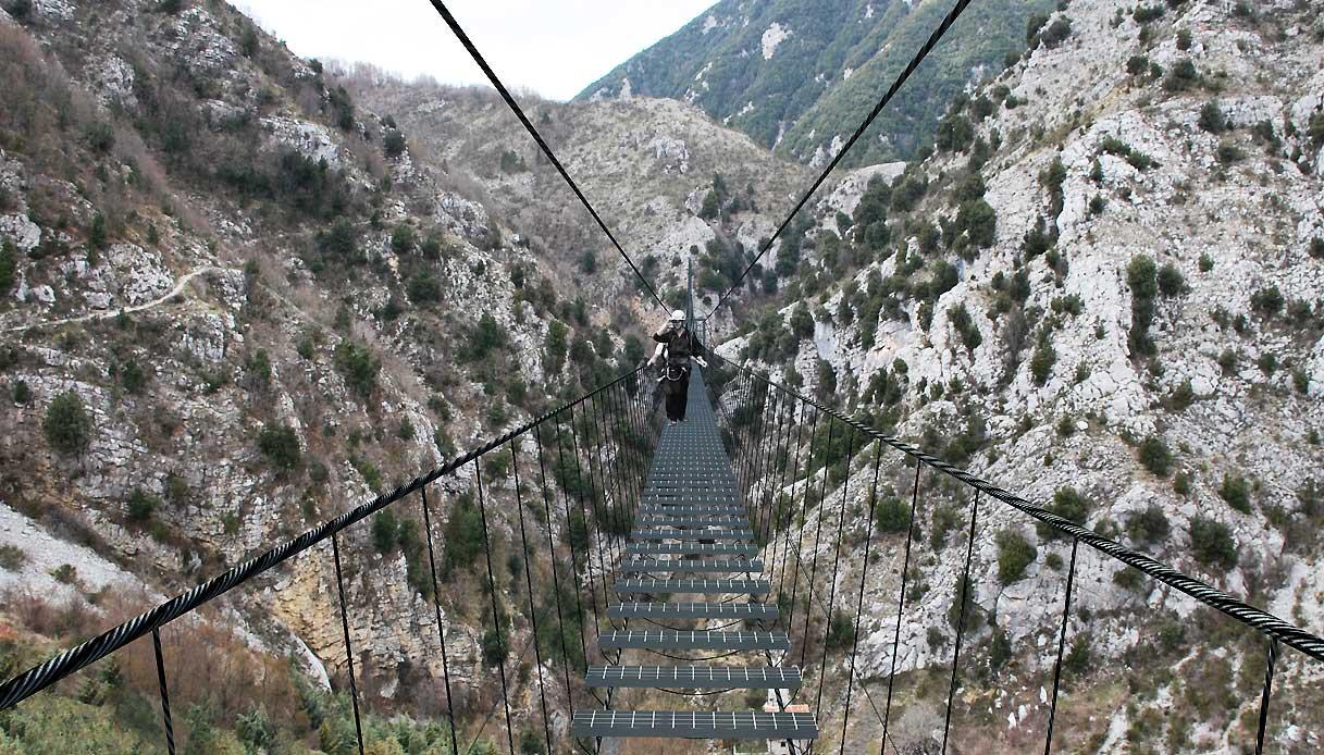 ponte-tra-due-parchi-basilicata-guinness