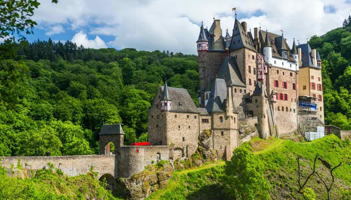 In Germania, alla scoperta dello straordinario Castello di Eltz