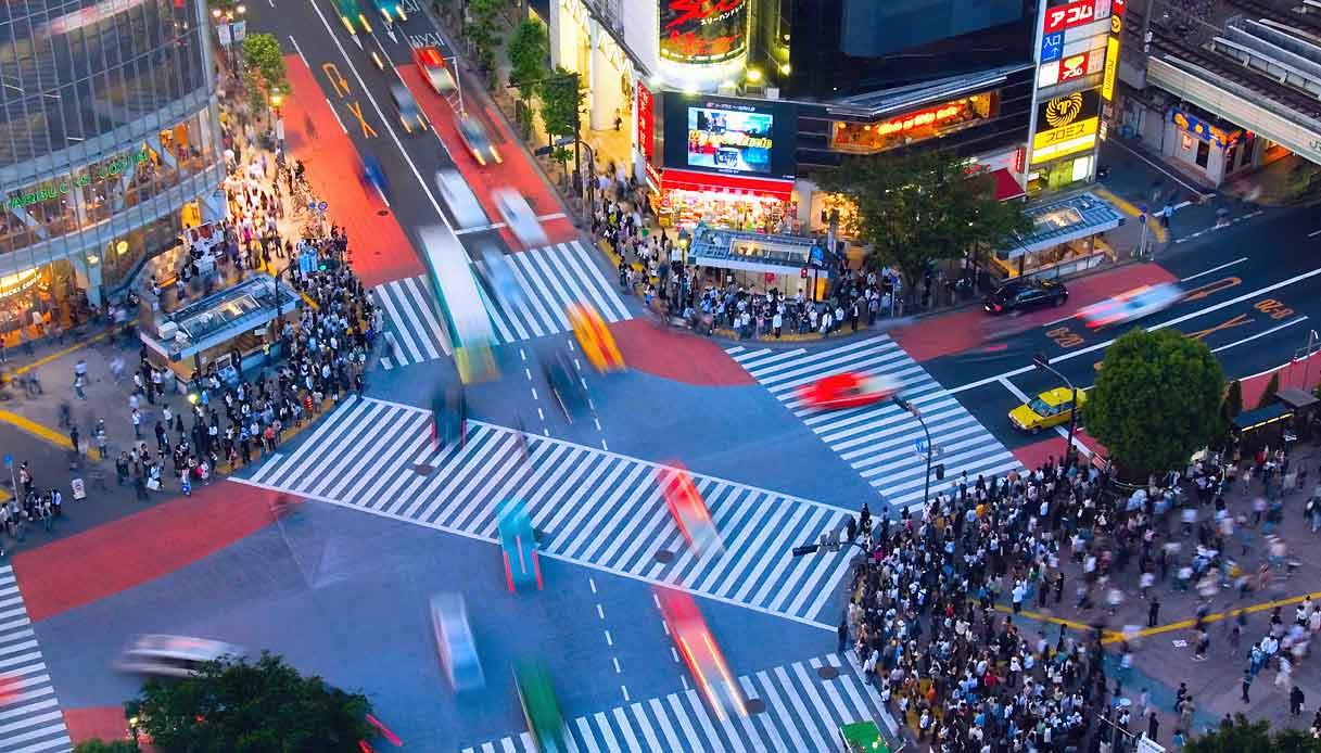 INCROCIO-strada-Shibuya