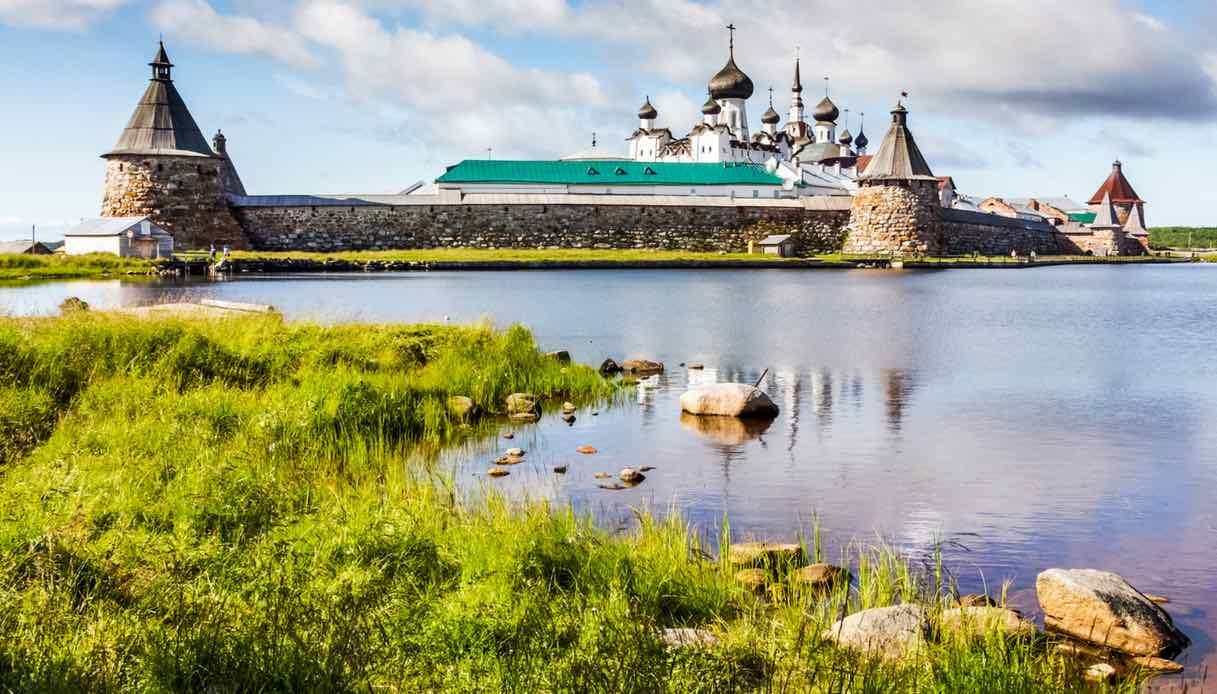In Russia esiste un'isola sconosciuta che merita una visita