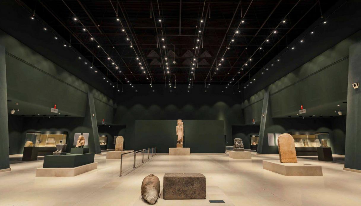 Interno museo nazionale sohag egitto