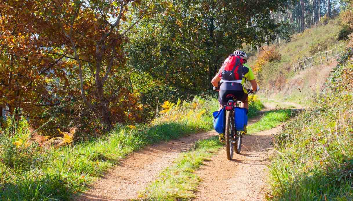 Come prepararsi per affrontare il Cammino di Santiago in bici