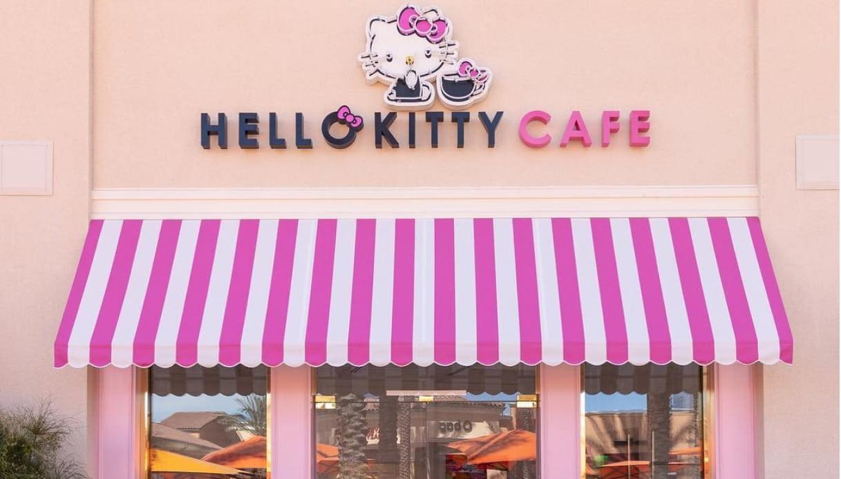 hello kitty grand cafe apertura irvine california