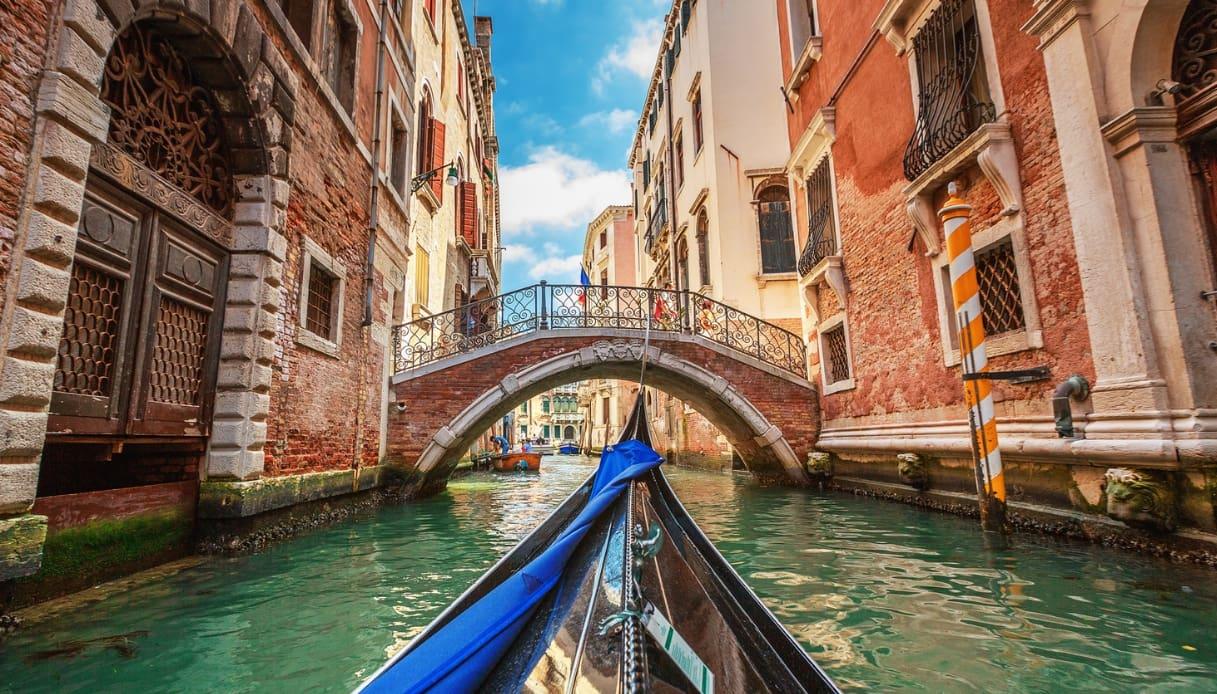 Venezia, giro in gondola