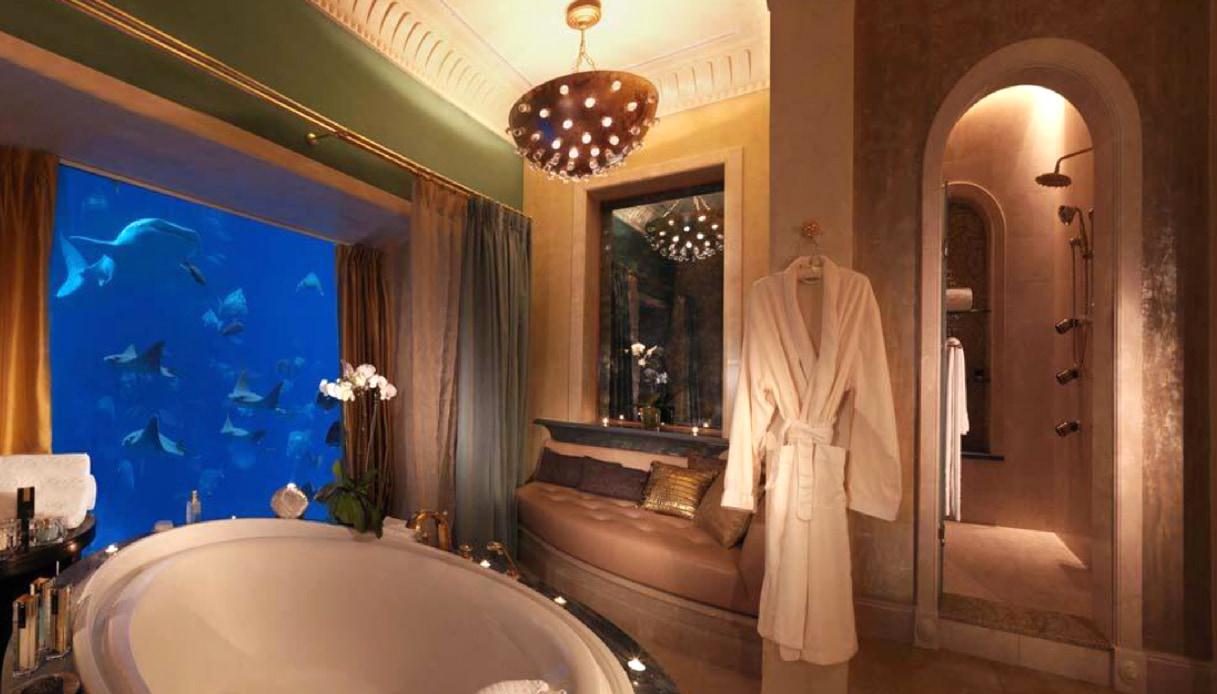 Bagno con vista spettacolare: Atlantis The Palm, Dubai