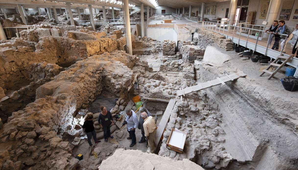 Kaspersky-Lab-scavi-archeologici-santorini