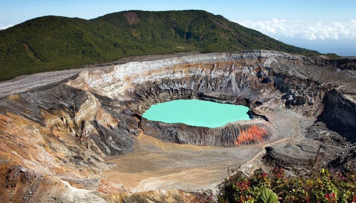 Nel Costa Rica c'è uno splendido parco nazionale con un vulcano al centro