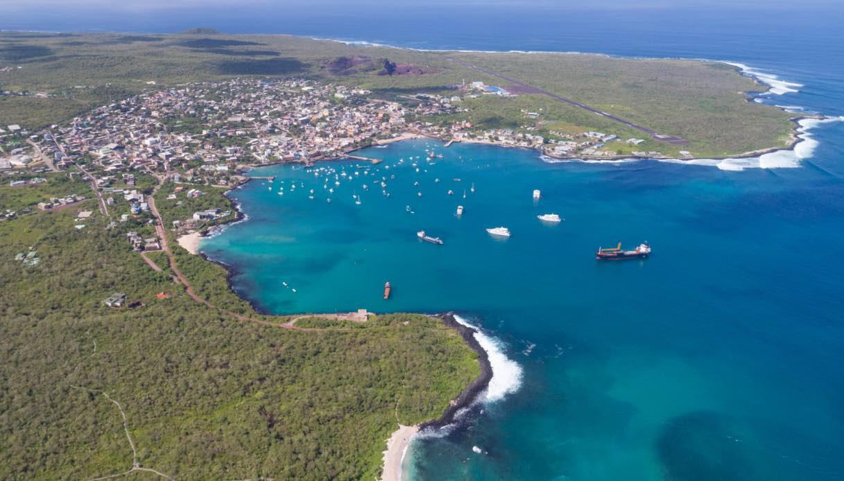 Oggi si può fare glamping in crociera, durante una navigazione alle Galapagos