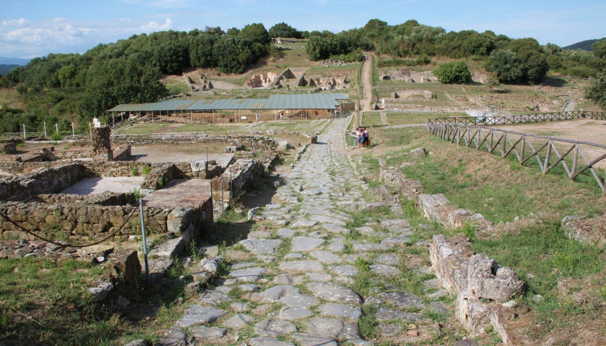 etruschi-area-archeologica-roselle