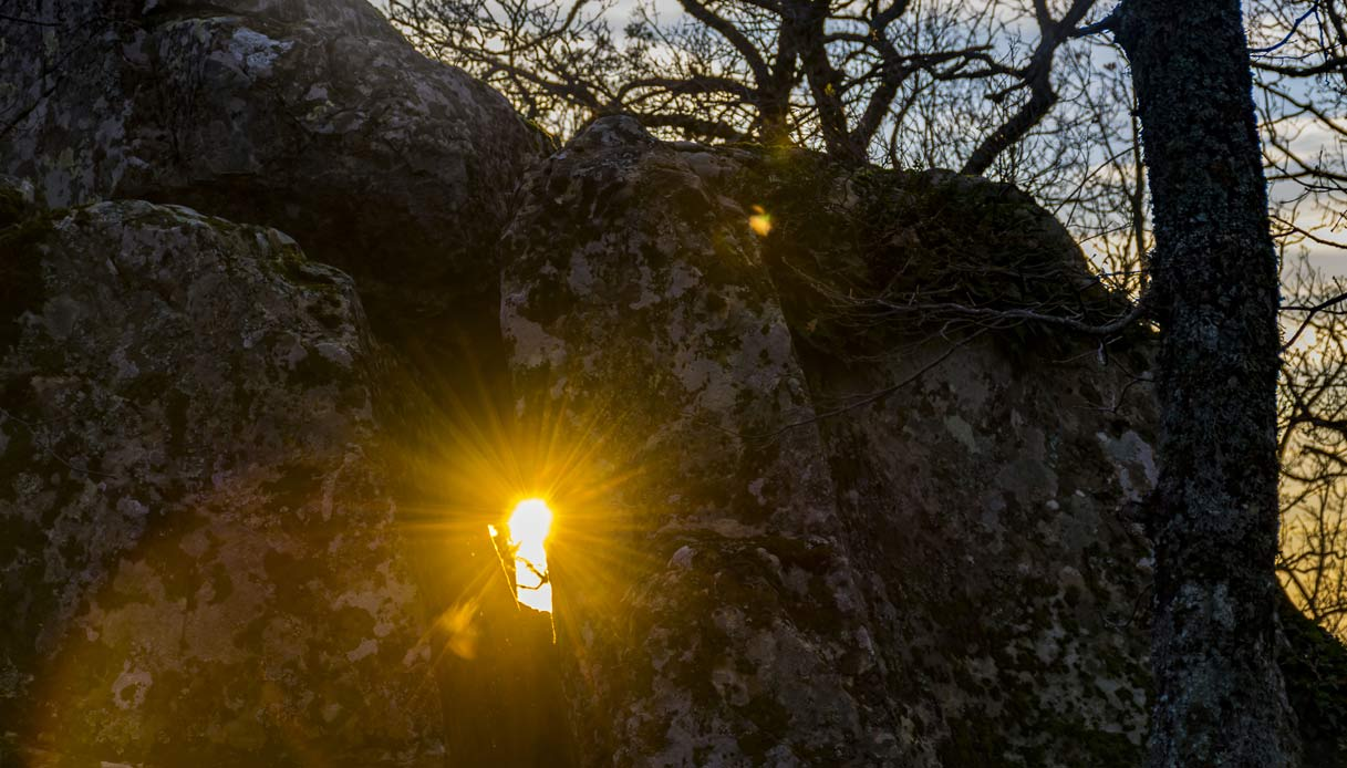 petra-mola-basilicata-solstizio-inverno